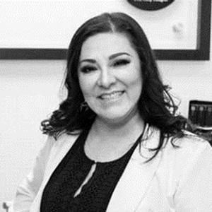 Dra. Norma Gabriela Campos Cornejo